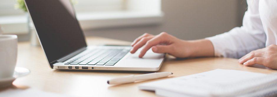 Why Every Online Business Should Run Webinars